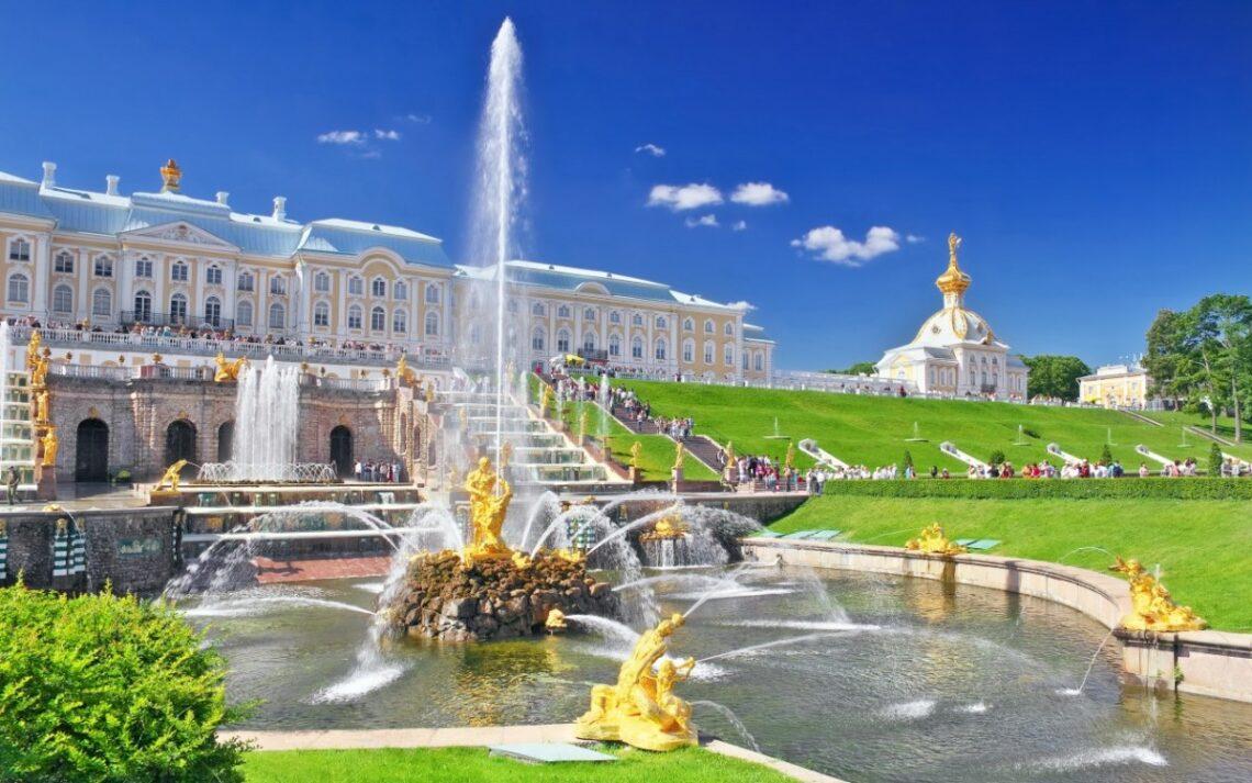 10 причин поехать в Россию