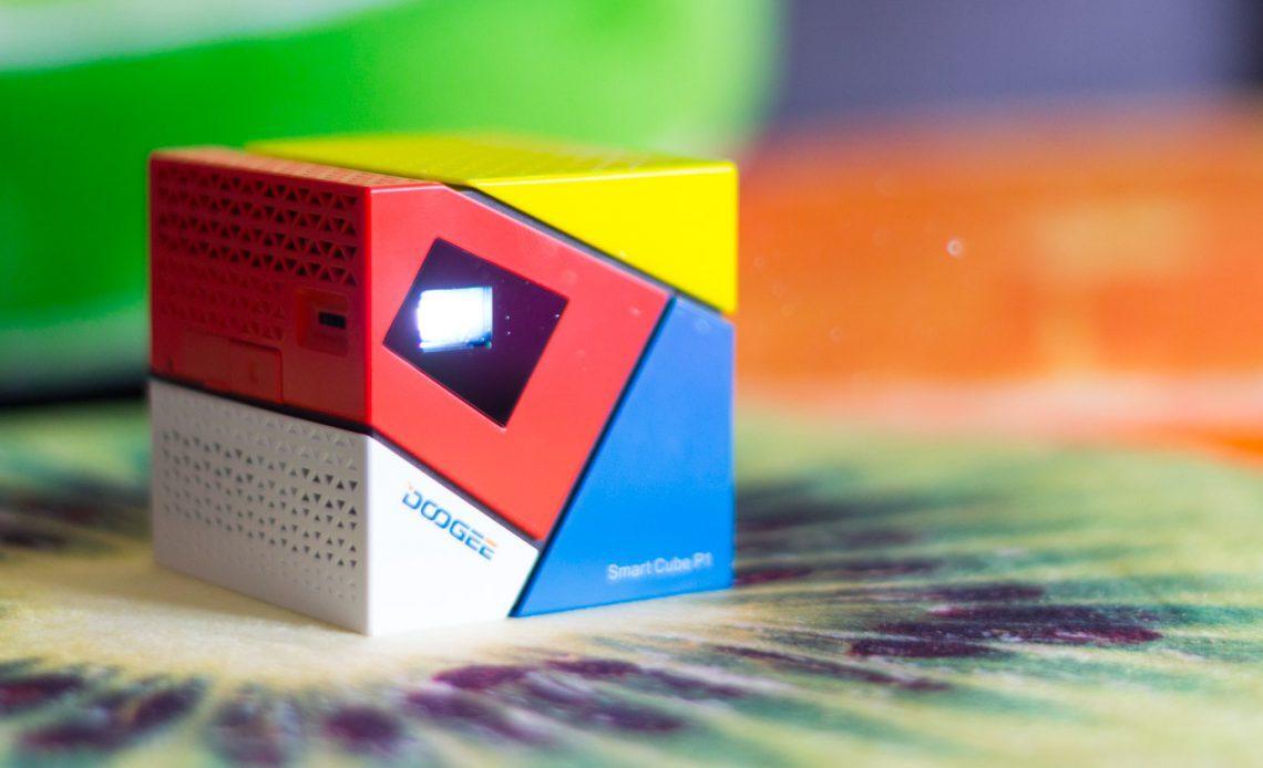 Обзор проектора DOOGEE Smart Cube P1
