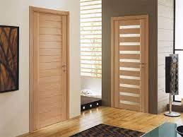 Различные стили и конструкции дверей