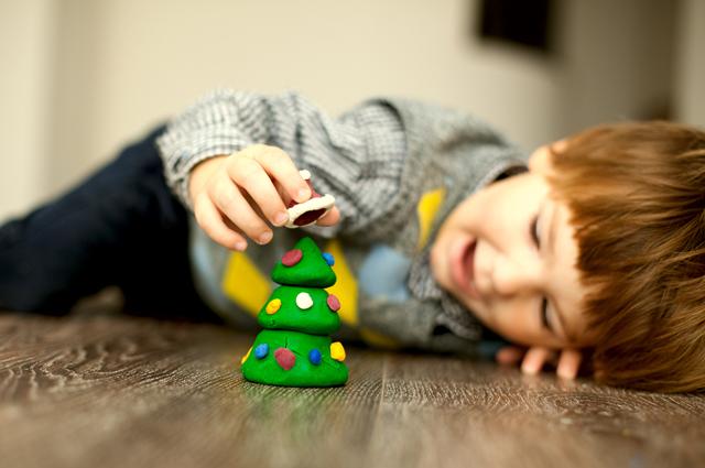 Как выбрать игрушку по детскому возрасту